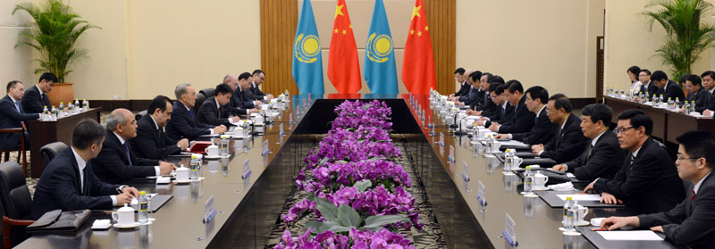 Official meeting between Nursultan Nazarbayev and President of the People's Republic of China and General Secretary of the Chinese Communist Party Xi Jinping.